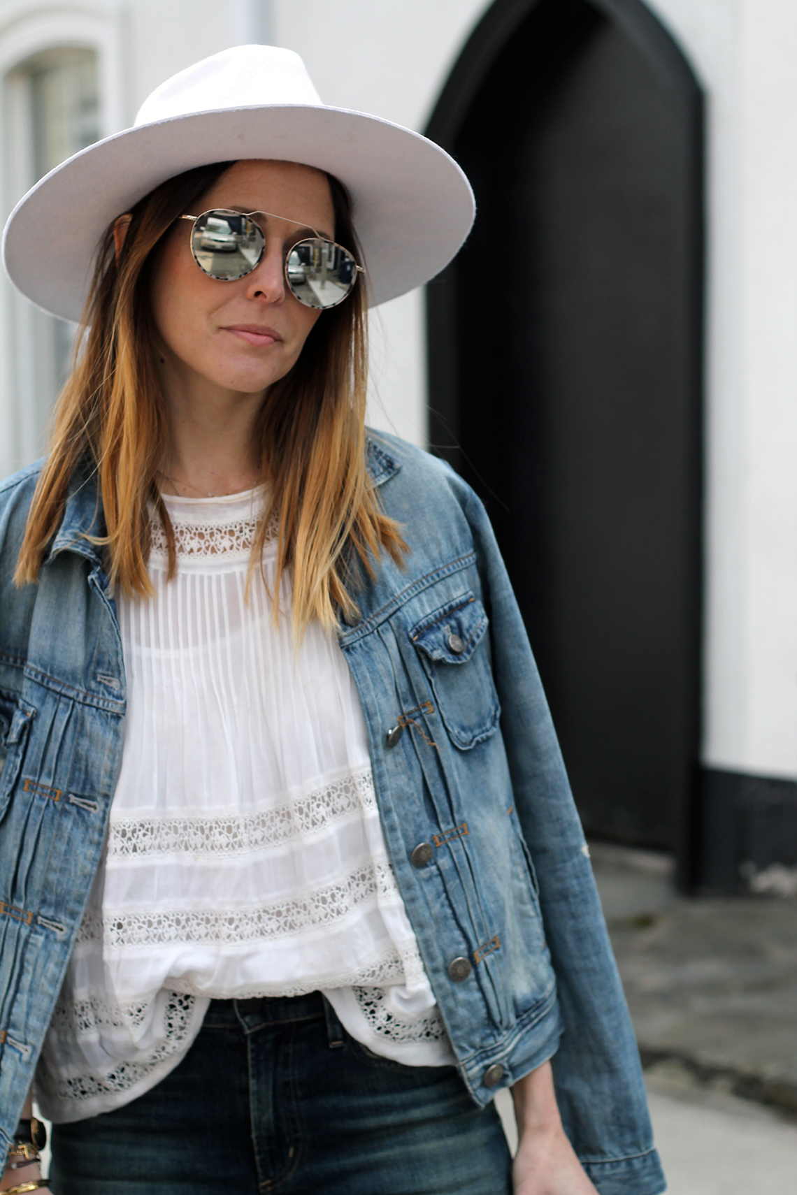 ab2dba6bac24 The denim jacket is a versatile and comfortable wardrobe staple that every  woman needs in her closet. It's one of those very practical pieces that not  only ...